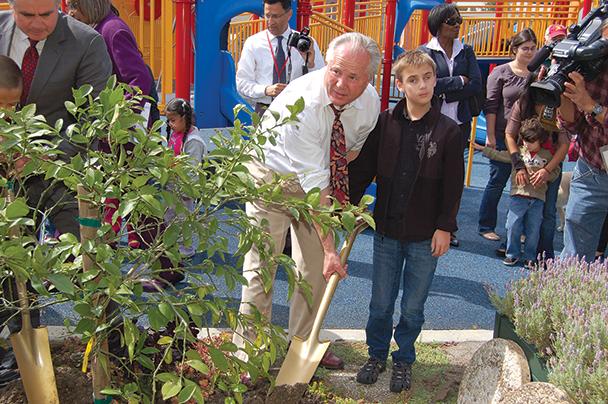 TLB.2011.TreePlanting.FrancesBlendSchoolfortheBlind