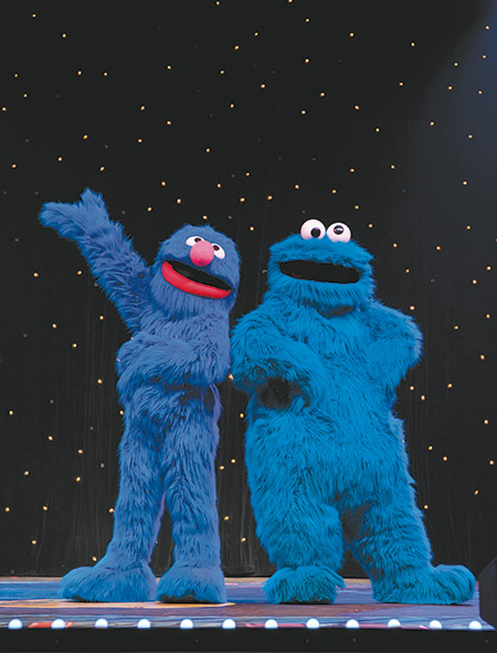 Meet your favorite sesame street characters at the zoo park photo courtesy of sesame workshop m4hsunfo