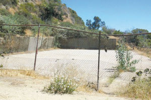 Community members said they were not consulted on a basketball court at the site of a dilapidated tennis court in Runyon Canyon Park. (photo courtesy of the Friends of Runyon Canyon)