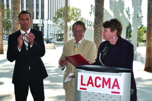 James Panozzo, Steve Kramer and L.A. County Supervisor Sheila Kuehl prepare for TarFest in 2015. (photo by Chris Devlin)