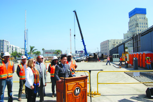Councilman David Ryu discusses detours ahead of the weekend closures of Wilshire Boulevard. (photo by Gregory Cornfield)