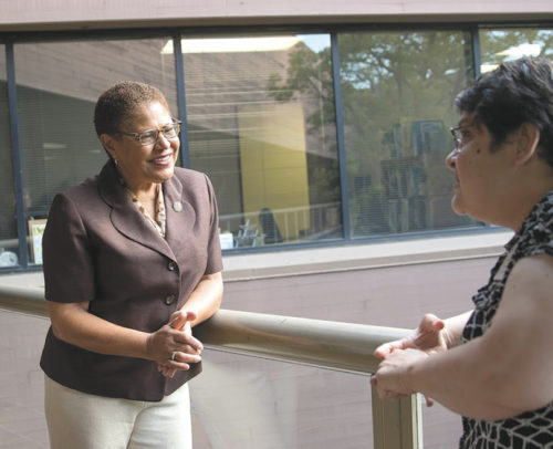 Congresswoman Karen Bass met with constituents at the Achievable Health Center (photo courtesy of Photography by Bailey)