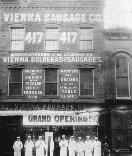 In 1894, Emil and Sam open their first store on Chicago's Near West Side at 417 S. Halsted Ave. (photo courtesy of Vienna Beef)
