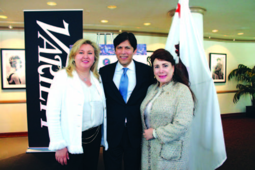 From left, chair of the chamber of commerce Dr. Fariba Kalantari, State Senate President Pro Tempore Kevin de León and Donelle Dadigan of the Hollywood Museum at the State of the State Luncheon. (photo by Marlene Panoyan courtesy of the Hollywood Chamber of Commerce)
