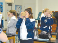 Students use virtual reality to learn anatomy