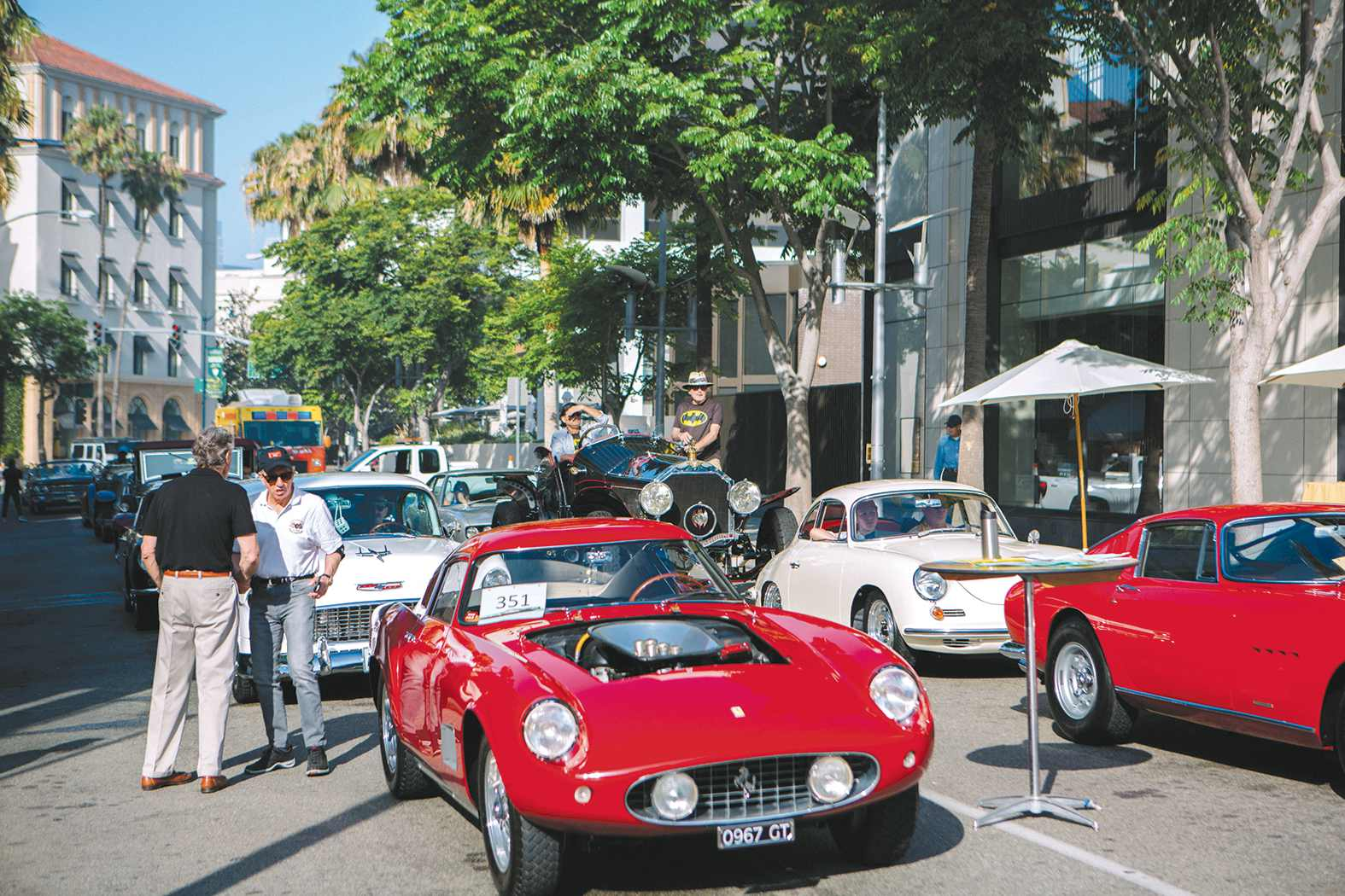 Jaguar Santa Monica >> Thousands flock to Beverly Hills for annual Rodeo Drive ...
