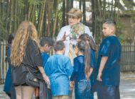 Zoo seeks docents who love animals and plants