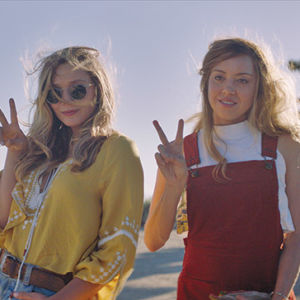 "Taylor (Elizabeth Olsen) and Ingrid (Aubrey Plaza) pose for a photo in ""Ingrid Goes West."" (photo courtesy of NEON)"