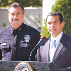 Former Los Angeles Mayor Antonio Villaraigosa formally introduced Charlie Beck as the LAPD's new chief during a 2009 ceremony. (photo by Edwin Folven)
