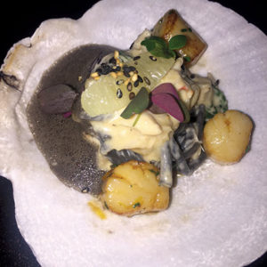 The squid ink bucatini pasta with Nantucket bay scallops and Dungeness crab at Parallel 37 was the most memorable dish of the weekend. (photo by Karen Villalpando)