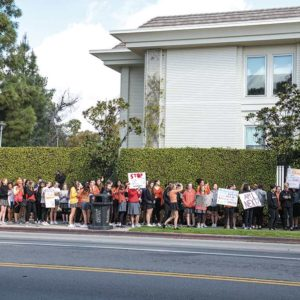 Marlborough School students participated in the March 14 National School Walkout, lining the Third Street sidewalk at Rossmore Avenue. The walkout was followed by an on-campus memorial recognizing the victims of Marjory Stoneman Douglas High School as well as past victims of school shootings. (photo by Ashley Myers-Turner)