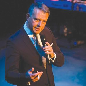 Enjoy the croons of Frank Sinatra once again with a Richard Shelton's encore performance at the Catalina Jazz Club. (photo courtesy of Gorgeous Media Group)
