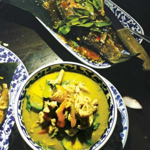 Garlicky whole fish and spicy green curry are among some of the best dishes at Chao Krung. (photo by Jill Weinlein)
