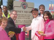 Pink's Square honors legacy of iconic hot dog stand at Melrose and La Brea