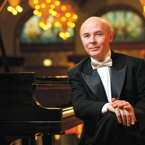 Pianist Jorge Federico Osorio's vibrant imagination and technique won him the Medalla Bellas Artes, the highest honor granted by Mexico's National Institute of Fine Arts. (photo courtesy of Jorge Federico Osorio)