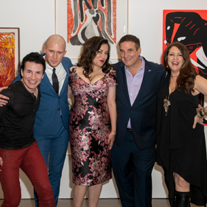 Actor Hal Sparks (left) joined auctioneer Gabriel Butu-Boyer, actress Jennifer Tilly, Project Angel Food CEO Richard Ayoub and actress Joely Fisher at a benefit for Project Angel Food in Beverly Hills. (photo by Charlie Steffens for Project Angel Food)