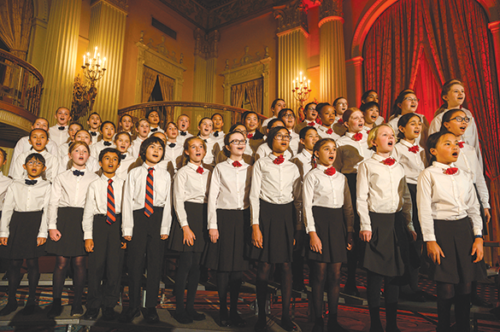 Los Angeles Children's Chorus ensembles performed at Gala Bel Canto, an annual fundraiser benefiting the chorus. (photo by Jamie Pham)