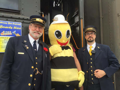 (photo courtesy of the California Honey Harvest Festival)