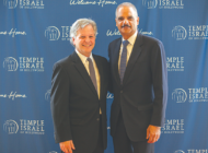 Former U.S. Attorney General  Holder honored at temple