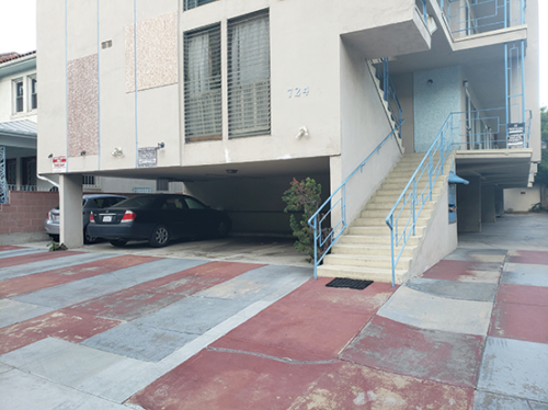Soft-story apartment buildings, which feature open walls to allow cars to park beneath the building, can be especially hazardous in an earthquake. (photo by Cameron Kiszla)