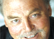 Stacy Keach to receive Walk of Fame star