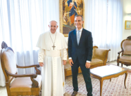 Mayor Garcetti meets with Pope Francis at the Vatican