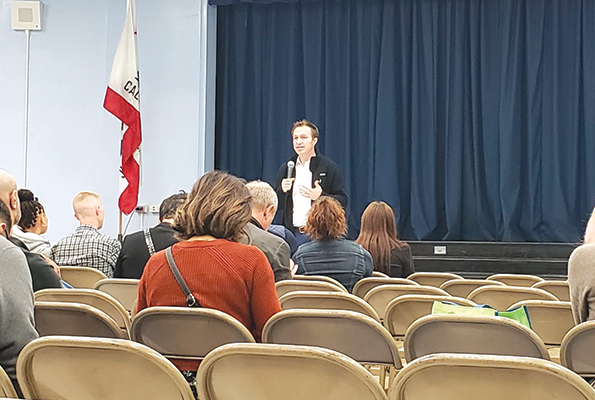 LAUSD Board Member Nick Melvoin answered questions at Laurel Span School on Nov. 7. (photo by Cameron Kiszla)