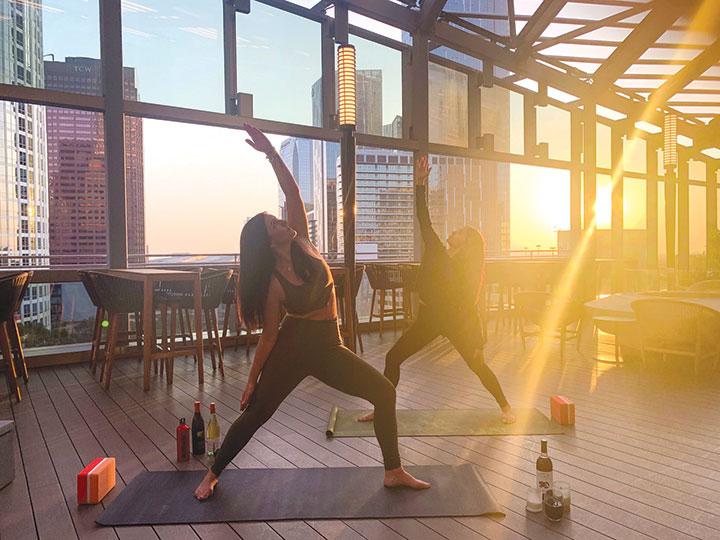Sip-&-Dip-yoga