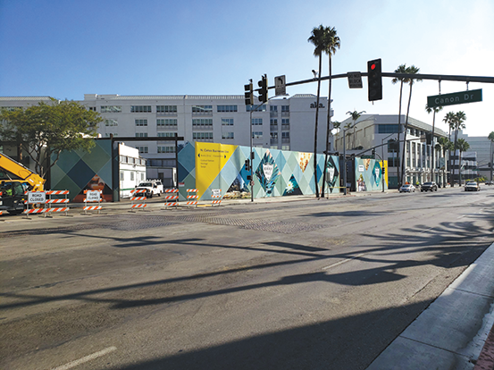 Metro Purple Line construction in Beverly Hills has impacted Wilshire Boulevard. (photo by Cameron Kiszla)