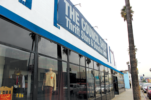 The National Council of Jewish Women-Los Angeles thrift stores, like the one at 360 N. Fairfax Ave, accept donations daily. (photo by Morgan Keith)