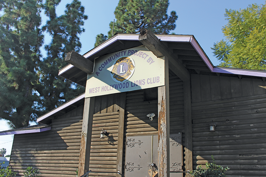 Located at 621 N. Robertson Blvd., the Log Cabin serves as a hub for alcohol and drug recovery meetings. (photo by Morgan Keith)