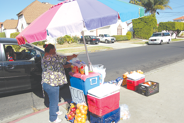 New city of Los Angeles permits will enable vendors to legally sell food on sidewalks. (photo by Edwin Folven)