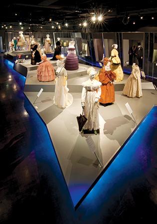 FIDM Museum costume exhibit