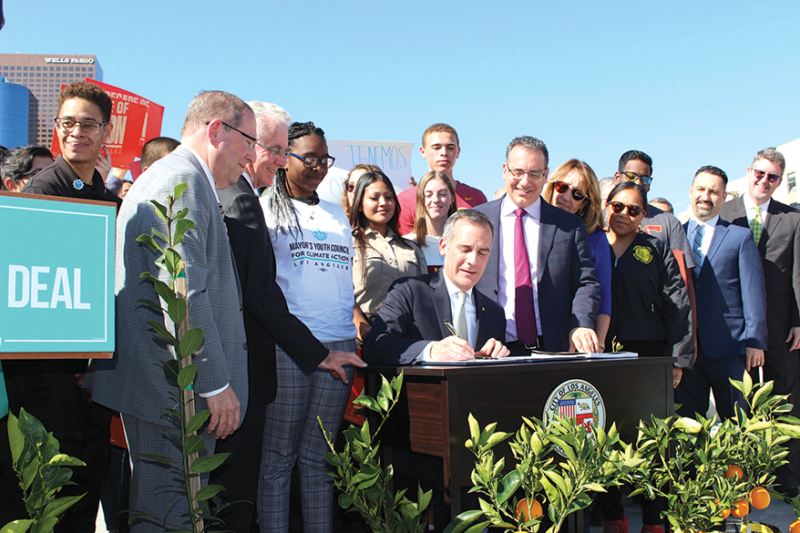 Mayor Eric Garcetti signed a directive on Feb. 10 to create programs addressing climate change over the next decade. (photo courtesy of Mayor Eric Garcetti's office)