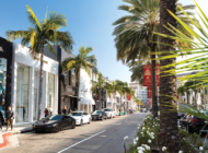 Shoppers returning to Rodeo Drive