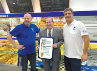 Koretz celebrates bakery's new owners